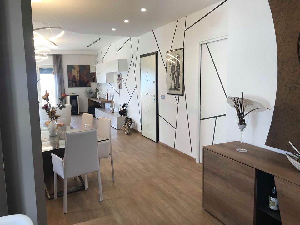 Vendesi appartamento a siderno rc zeus immobiliare for Vendesi appartamento